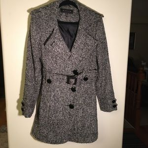 Giacca ( a gallery company). Belted trenchcoat Med